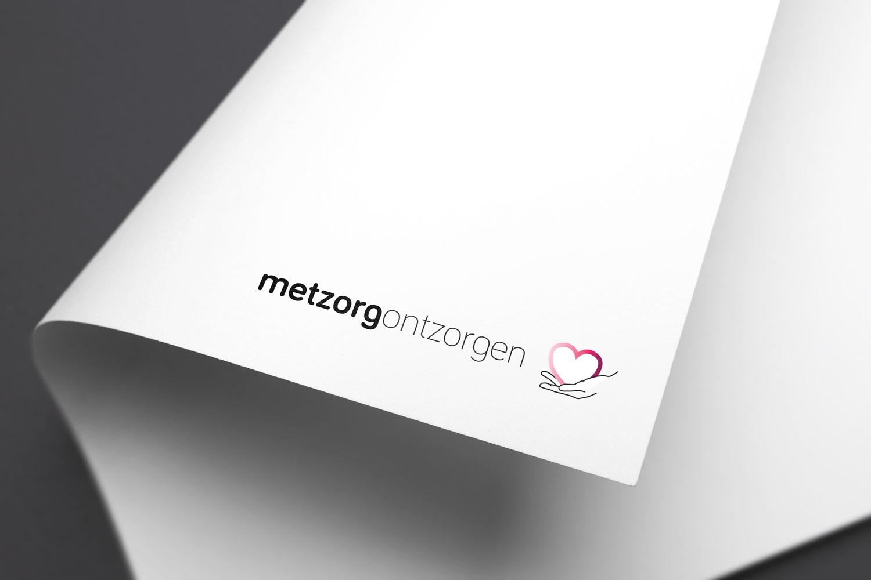 Logo | Met Zorg Ontzorgen